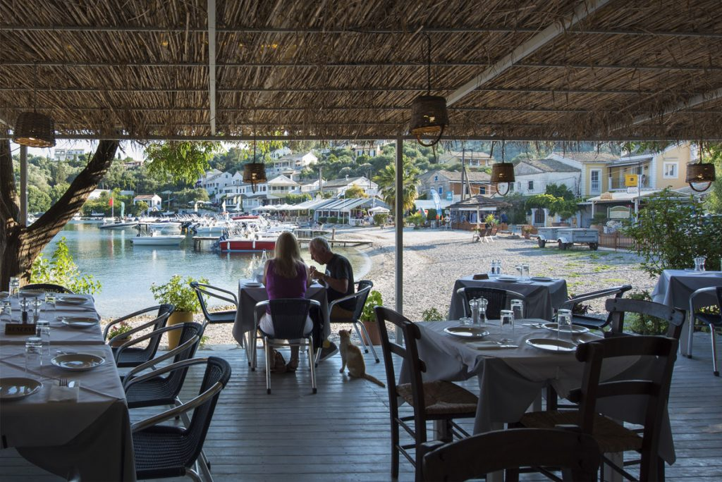 Eucalyptus Taverna Beach View Dinning